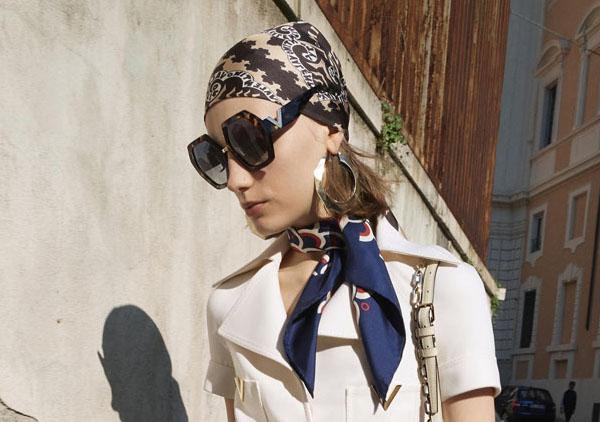 Cолнцезащитные очки VALENTINO 2019