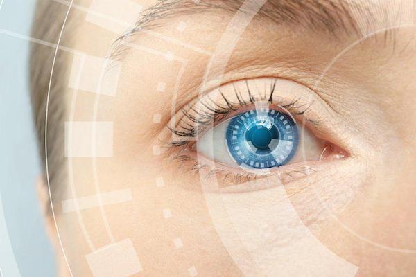 Как носить контактные линзы при физической активности и спорте